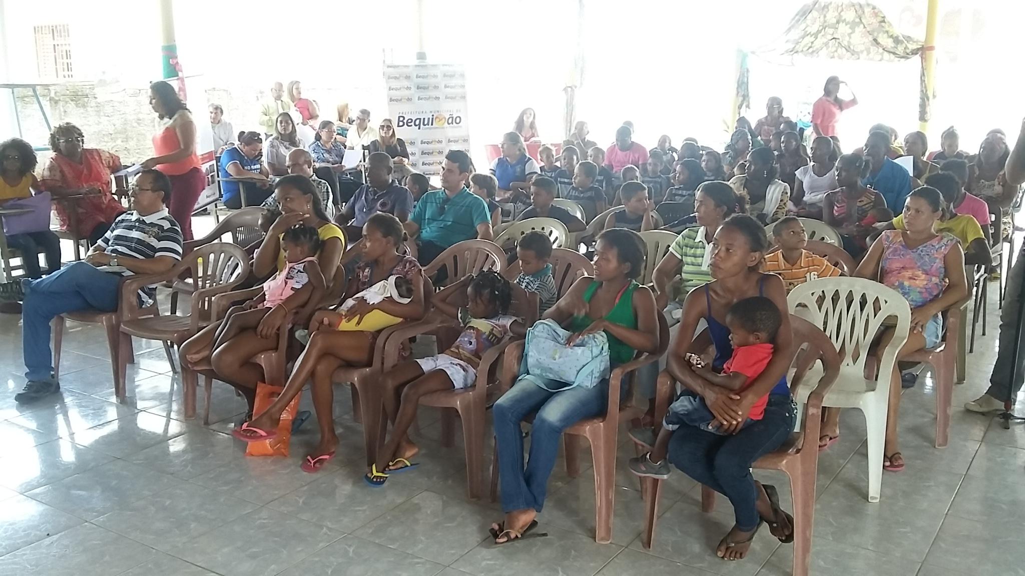 Foto 1 - Comunidades quilombolas presentes a Semana do Bebê Quilombola