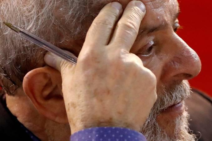 Juíza diz não a políticos que tentariam visitar Lula, entre eles o governador do Maranhão